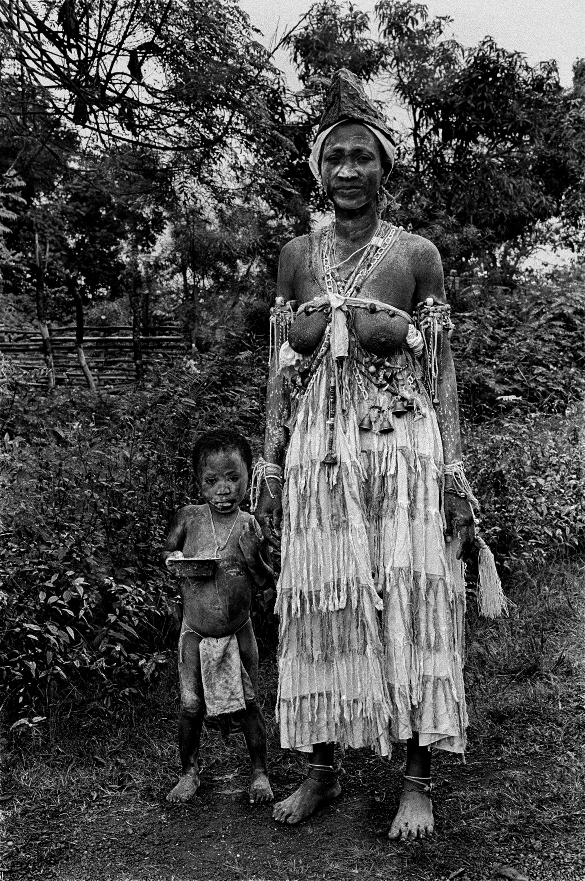 Sèrie: Viatge al país de les ànimes. Komian Nana Mandodja. Tanguelan. Costa d'Ivori 1998.