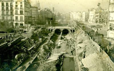 Obres d'obertura de la Via Laietana