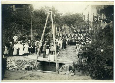 Primera pedra de les obres del pont de Vallcarca