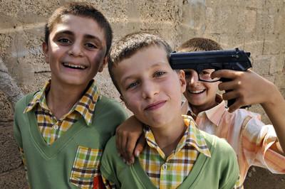 Nens celebrant la fi del Ramadà a Nusaibyn (Turquia)