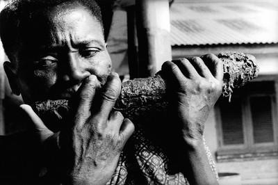 Sèrie: Viatge al país de les ànimes. Inici de la festa del nyame, Kekerenie. Costa d'Ivori 1998.