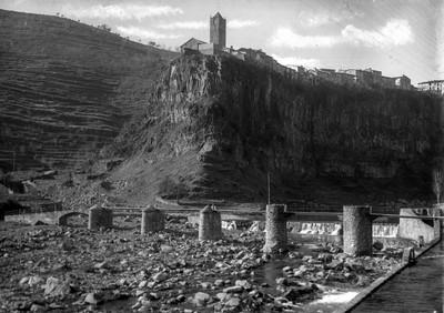 Vista general de Castellfollit de la Roca