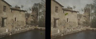 Façana, campanar i masoveria de l'ermita de Sant Sixt de Miralplà a Vic