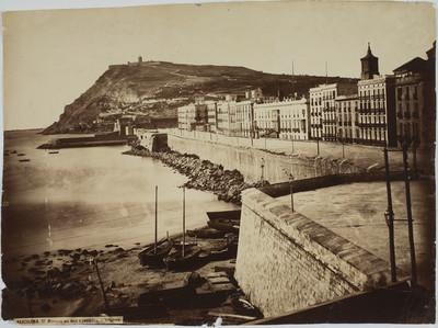 Muralla del mar y fortaleza de Montjuich (Barcelona)