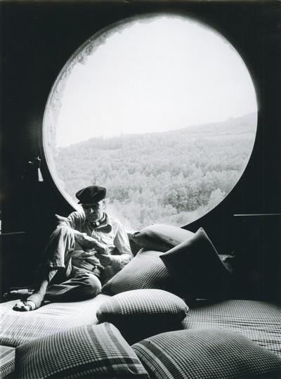 Joan Ponç al seu estudi de La Roca