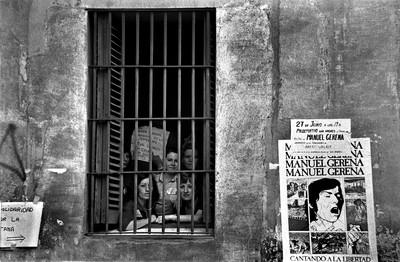 Tancament de dones per Motor Ibérica. Dones en protesta per acomiadaments, Barcelona, 1976