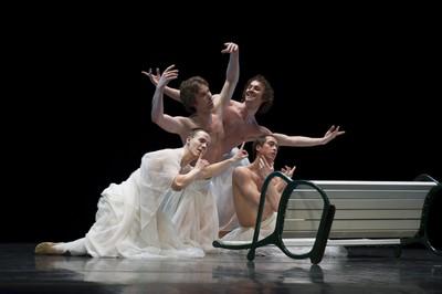 Ballet del Teatre Nacional de Praga. CC Unnim - Caixa de Terrassa.