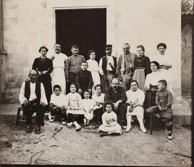 Retrat de la família Molgosa i Planas